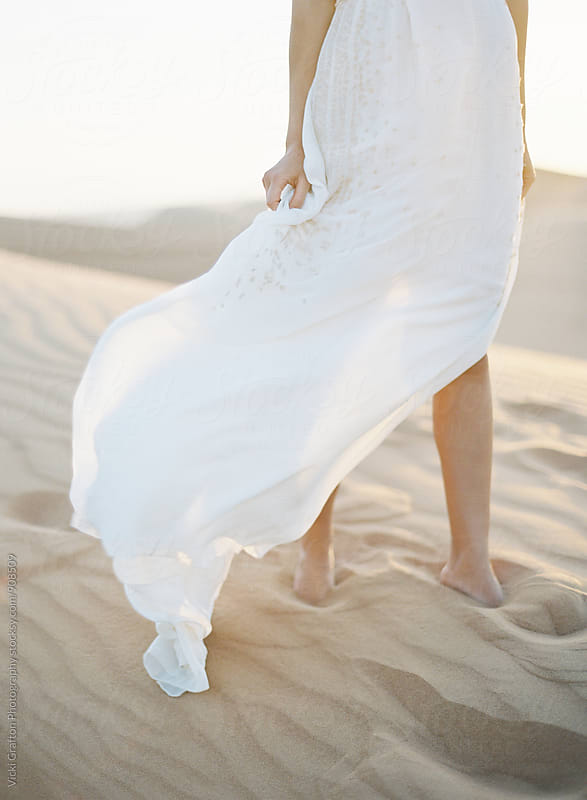 Desert Bride in Exotic Dubai by Vicki Grafton Photography for Stocksy United