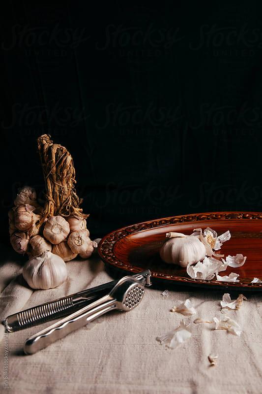 garlic by jira Saki for Stocksy United
