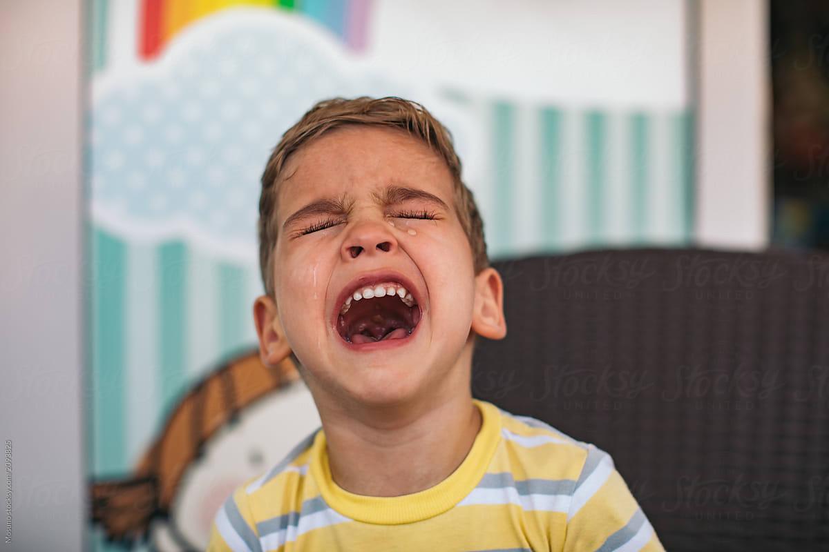 """Résultat de recherche d'images pour """"kid crying"""""""