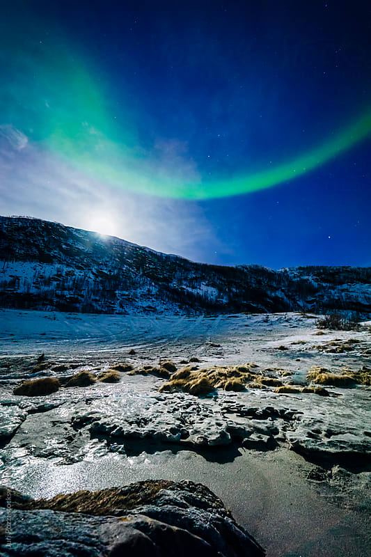 Bow arch norther lights by Juri Pozzi for Stocksy United