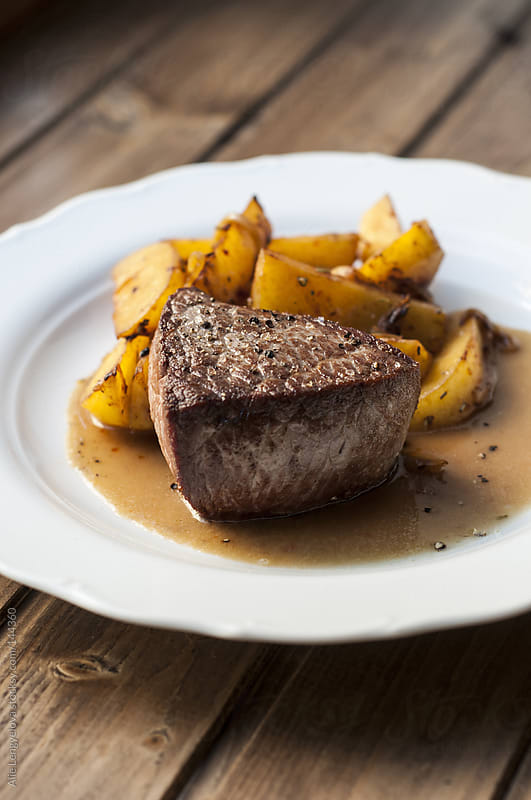Tasty Rump Steak by Alie Lengyelova for Stocksy United