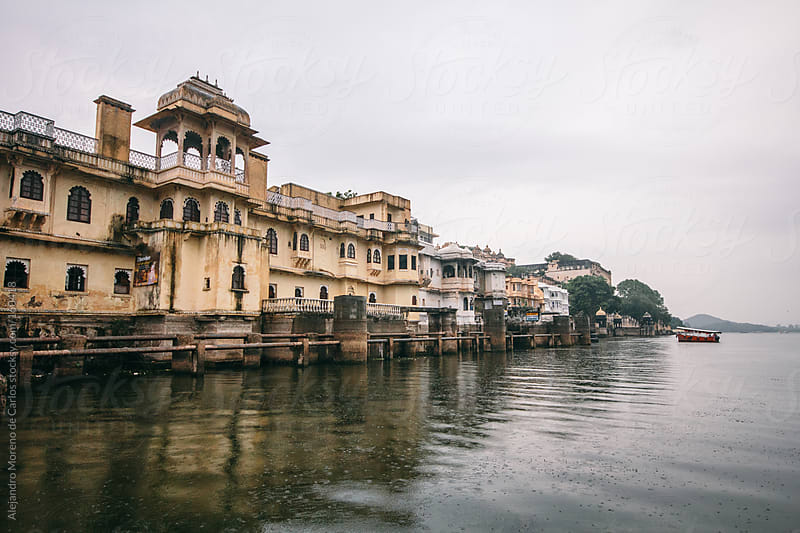 Palace on Lake Pichola, Udaipur, India by Alejandro Moreno de Carlos for Stocksy United