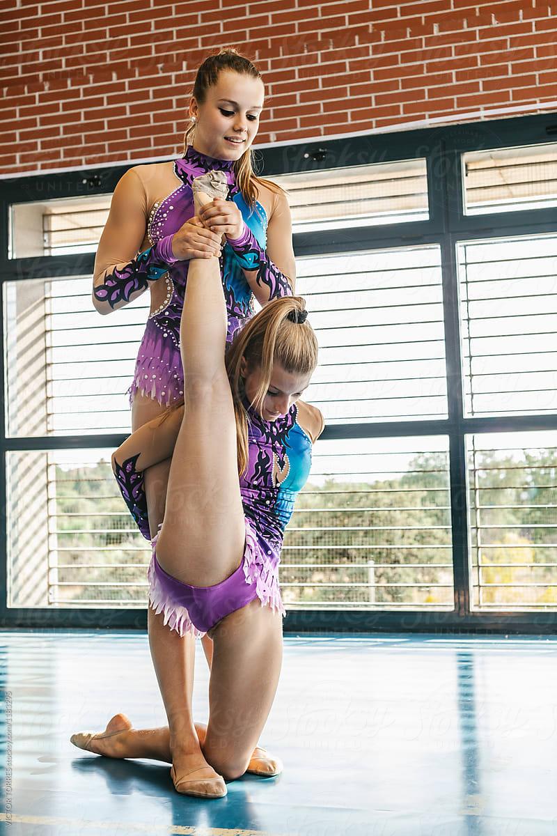 Young teen girl gymnastics opinion
