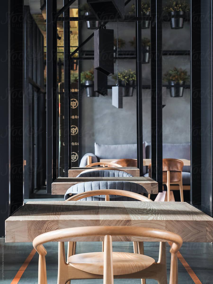 Small Tables In Modern Restaurant Por Sergey Melnikov Restaurant Interior Design Stocksy United
