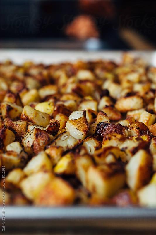 Potato fries in a tray by Gabriel (Gabi) Bucataru for Stocksy United