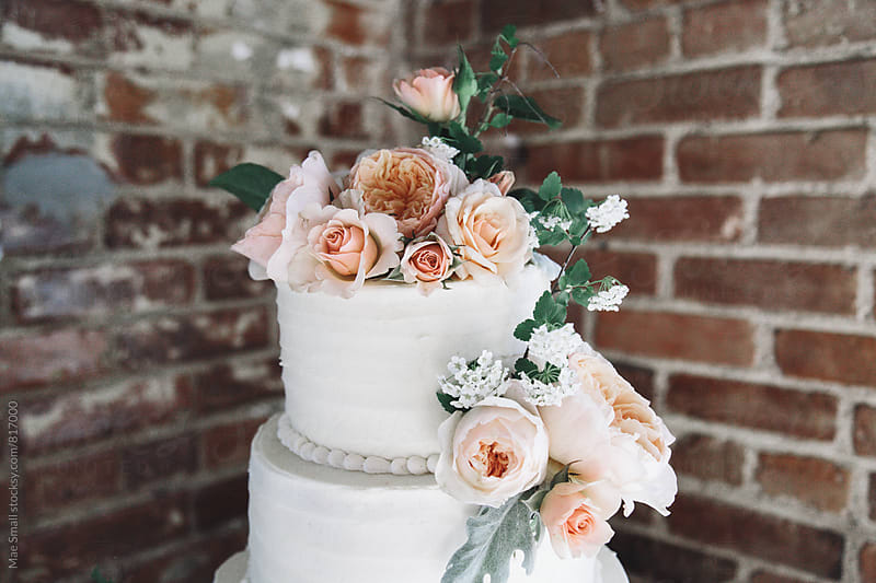 Wedding cake by Mae Small for Stocksy United