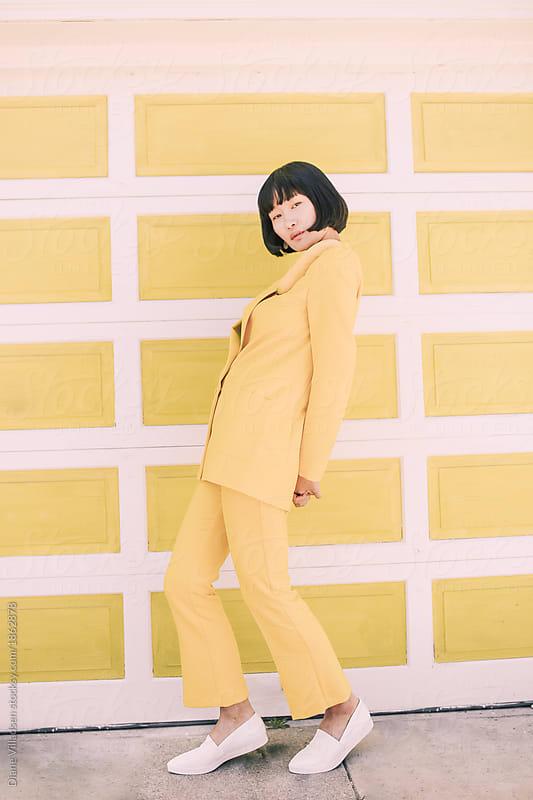 Banana shoulders pose by Diane Villadsen for Stocksy United