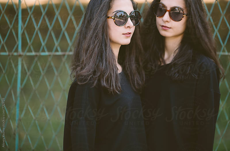 twins outdoors by Vesna for Stocksy United