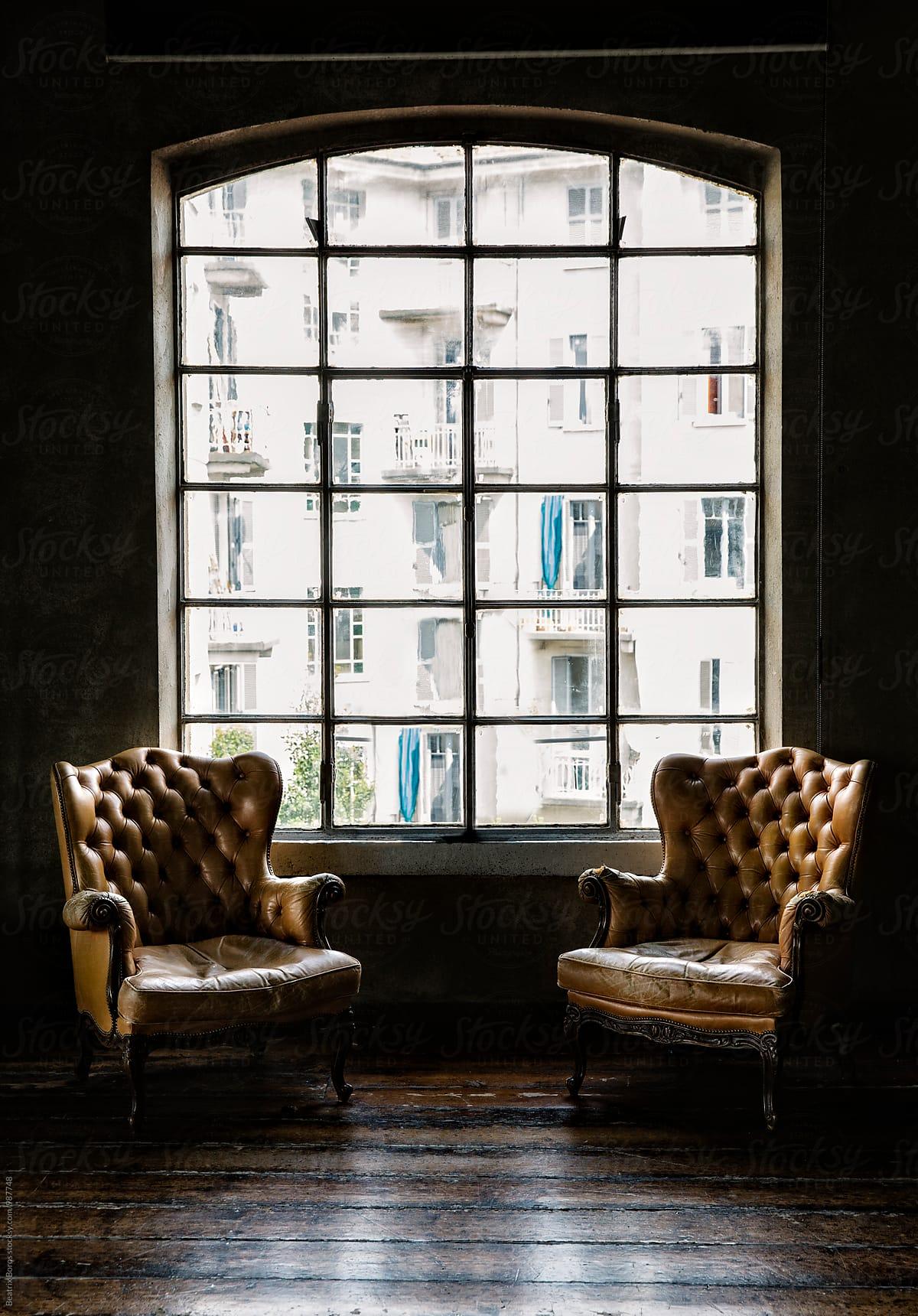 """Képtalálat a következőre: """"two armchairs in living room"""""""