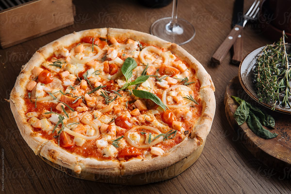 Seafood pizza by Pietro Karras ...