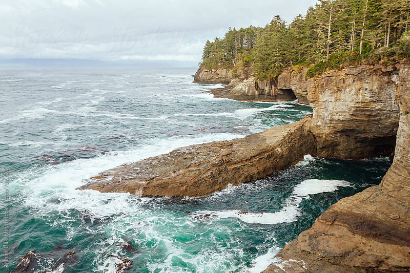 Landscape view of the rugged coastline of the Pacific Northwest by Mihael Blikshteyn for Stocksy United