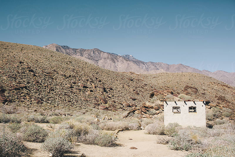 Abandoned desert shack by Ania Boniecka for Stocksy United
