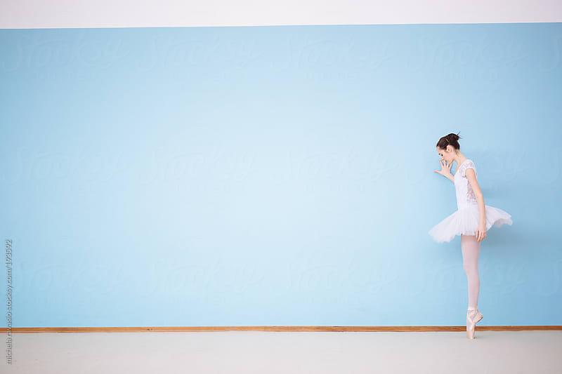 Ballet dancer in pointe by michela ravasio for Stocksy United