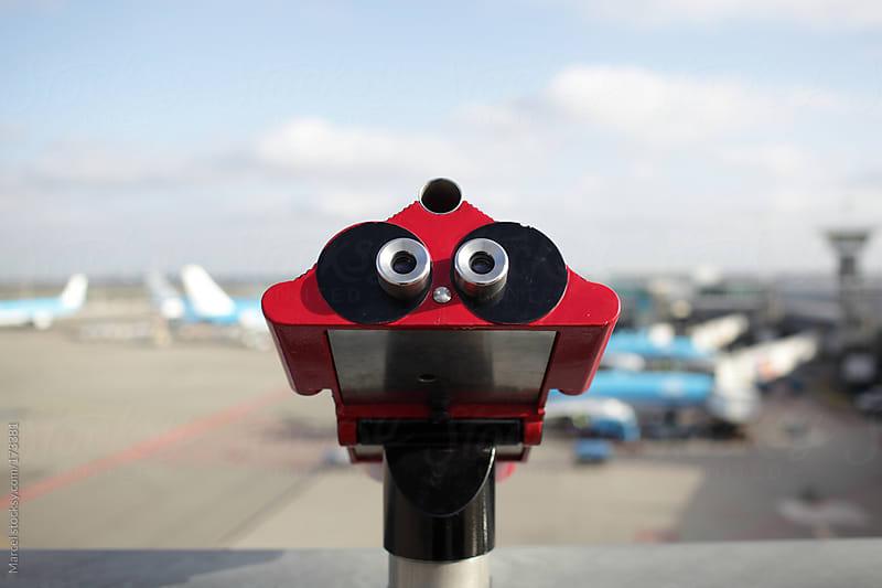 Plane spotting by Marcel for Stocksy United