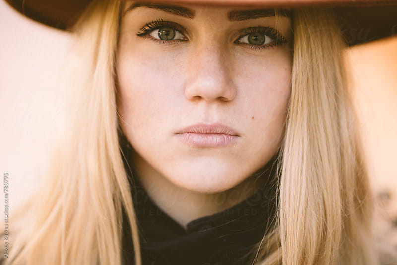 closeup of young woman by Vesna for Stocksy United