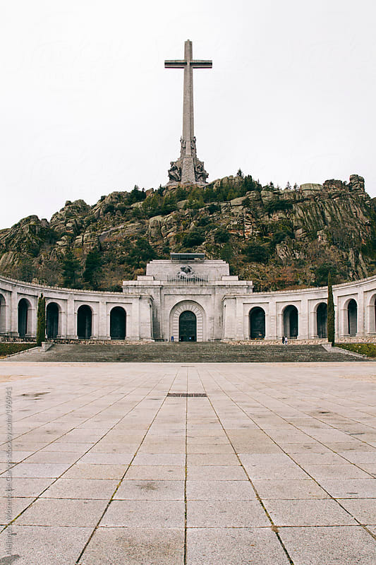 Cross monument and basilica on a mountain by Alejandro Moreno de Carlos for Stocksy United