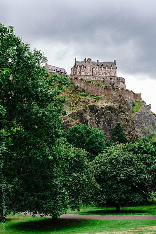 Edinburgh Castle by Jen Grantham for Stocksy United