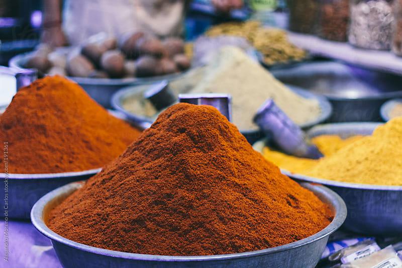 Curry powder in India market by Alejandro Moreno de Carlos for Stocksy United