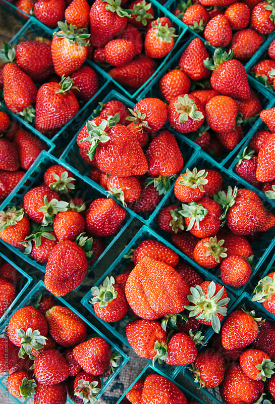 Organic fresh strawberries by Carolyn Lagattuta for Stocksy United