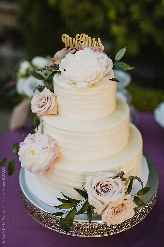 Wedding Cake by Isaiah & Taylor Photography for Stocksy United
