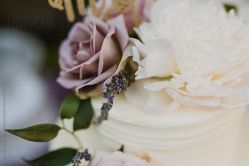 Wedding Cake Detail by Isaiah & Taylor Photography for Stocksy United