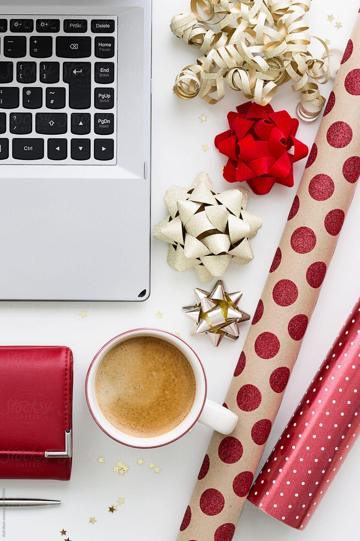 Online Christmas shopping