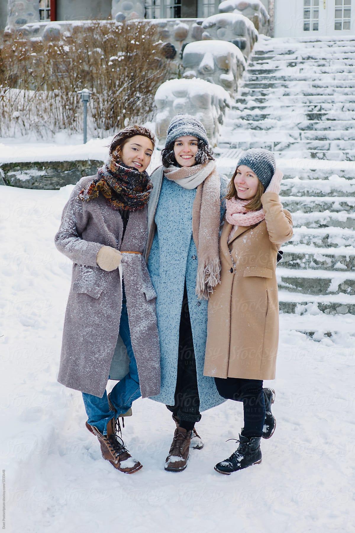 Three girls in warm clothing in winter by Duet Postscriptum ...