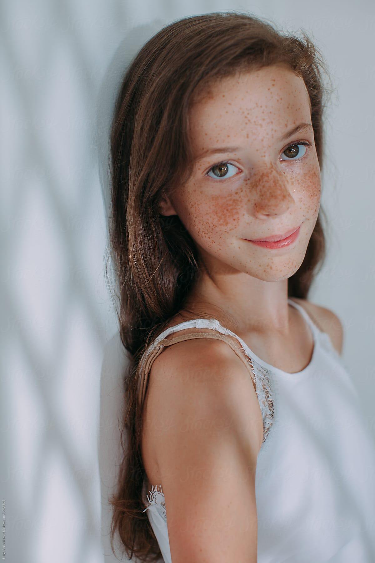 Adorable girl foto 92