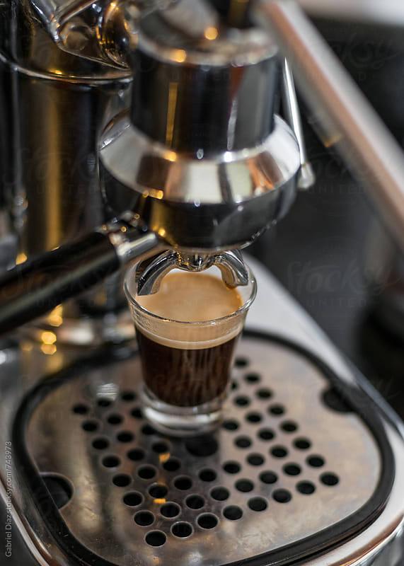 Espresso from coffee maker by Gabriel Diaz for Stocksy United