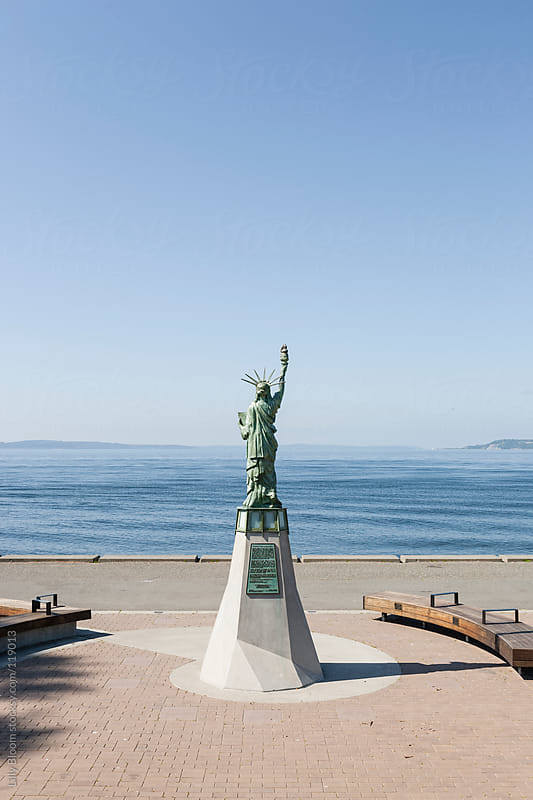 Statue of Liberty replica at Seattle's Alki Beach by Lilly Bloom for Stocksy United