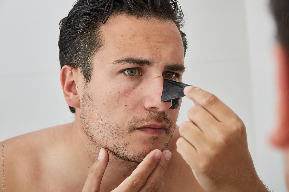 Stock Photo - Remove Black Heads Nose Mask