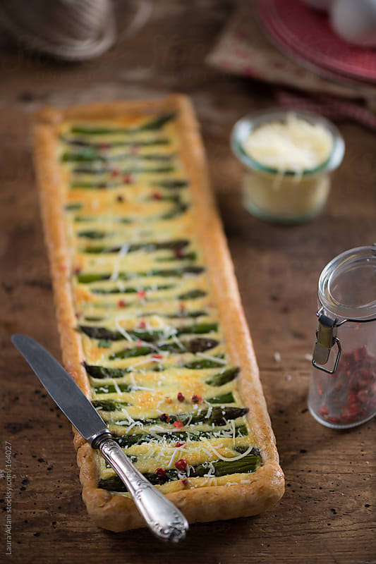 quiche with asparagus  by Laura Adani for Stocksy United