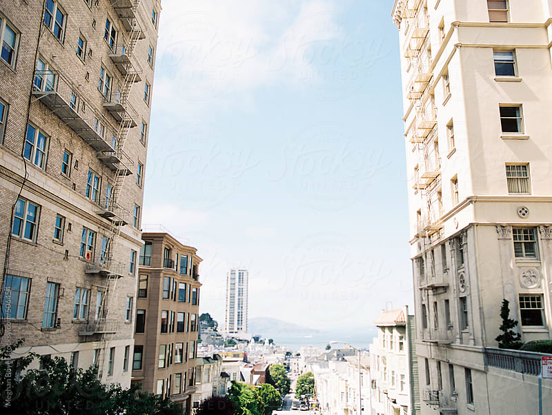 San Francisco  city scape by Meghan Boyer for Stocksy United