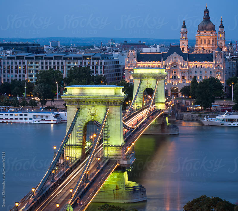 The splendid Szehcenyi Bridge. by Gergely Kishonthy for Stocksy United