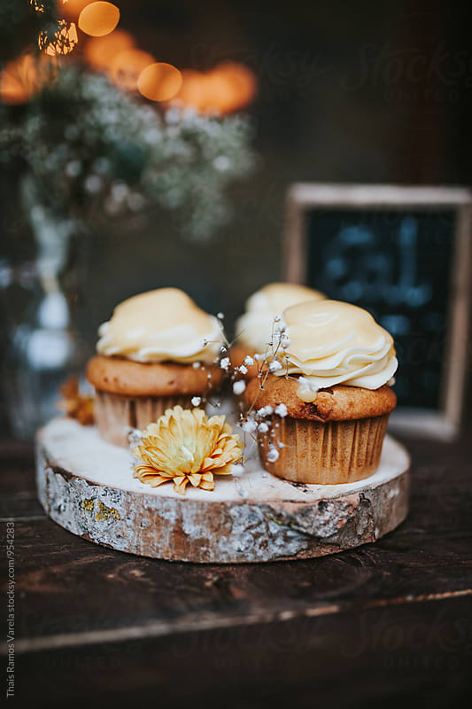 lemon cupcakes by Thais Ramos Varela for Stocksy United