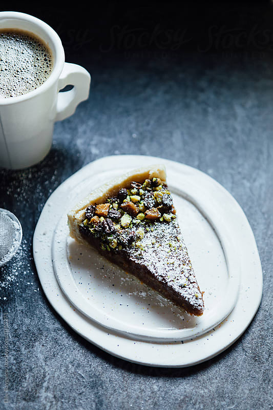 Coffee tart by Ellie Baygulov for Stocksy United