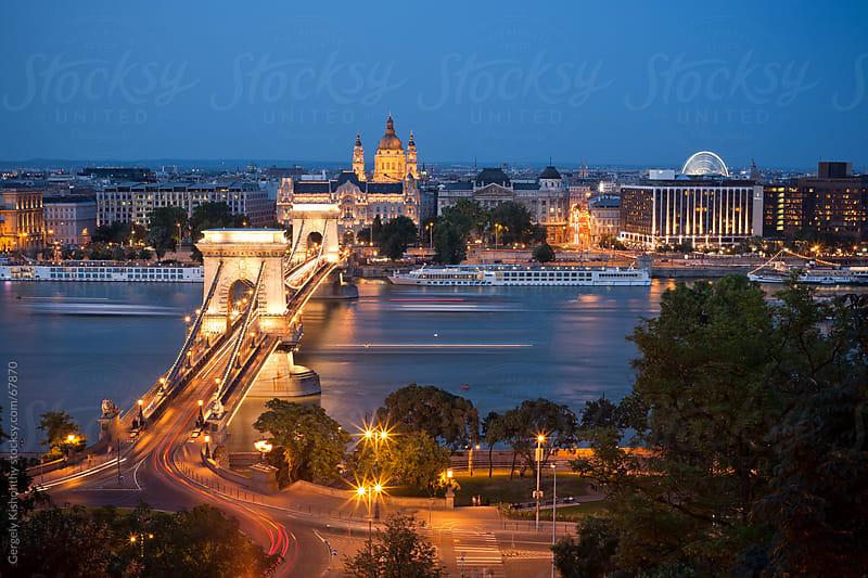 The splendid Szehcenyi Bridge. by Gergely Kishonthy for Stocksy United