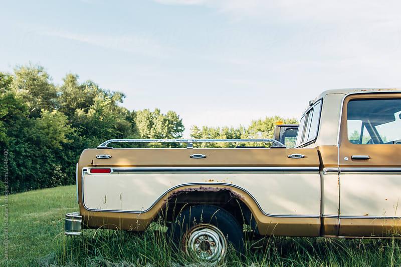 Old rusted broken American truck by Gabriel (Gabi) Bucataru for Stocksy United