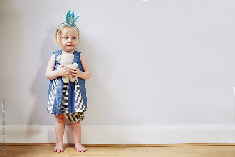 Portrait of a toddler girl by sally anscombe for Stocksy United