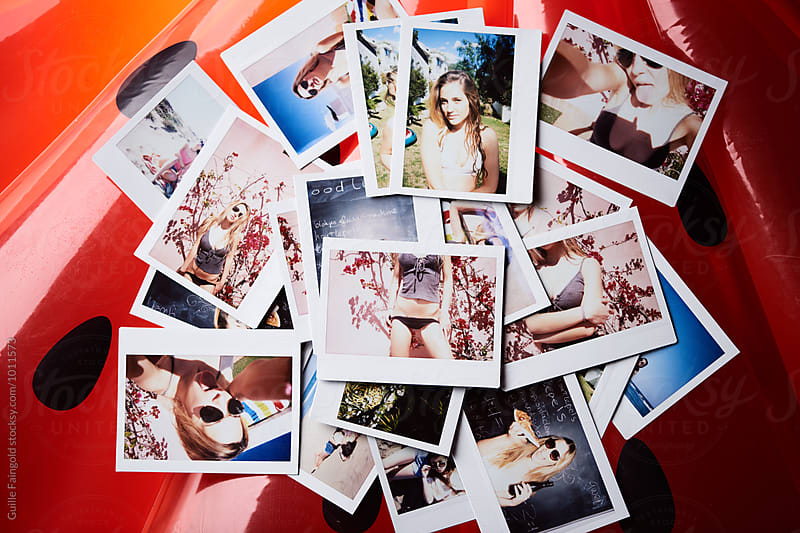 Instant shots of young girl  by Guille Faingold for Stocksy United