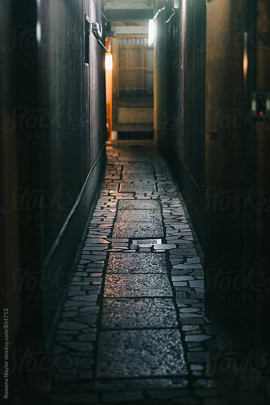 Atmospheric laneway at night in Gion District, Kyoto by Rowena Naylor for Stocksy United