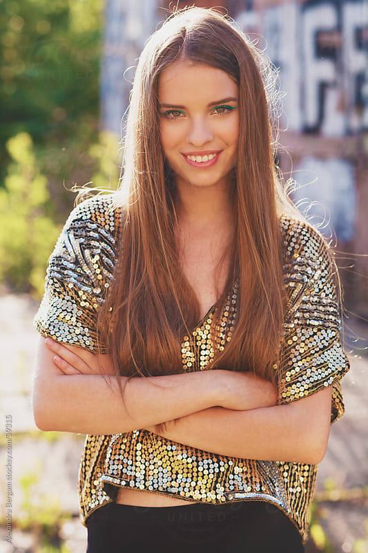 Fashion girl smiling  by Aleksandra Kovac for Stocksy United