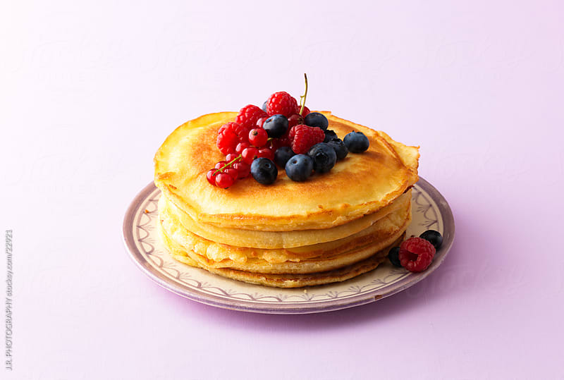 Pancakes by J.R. PHOTOGRAPHY for Stocksy United