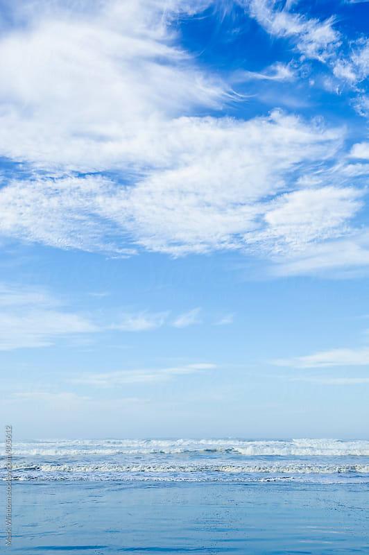 Pacific ocean beachside by Mark Windom for Stocksy United