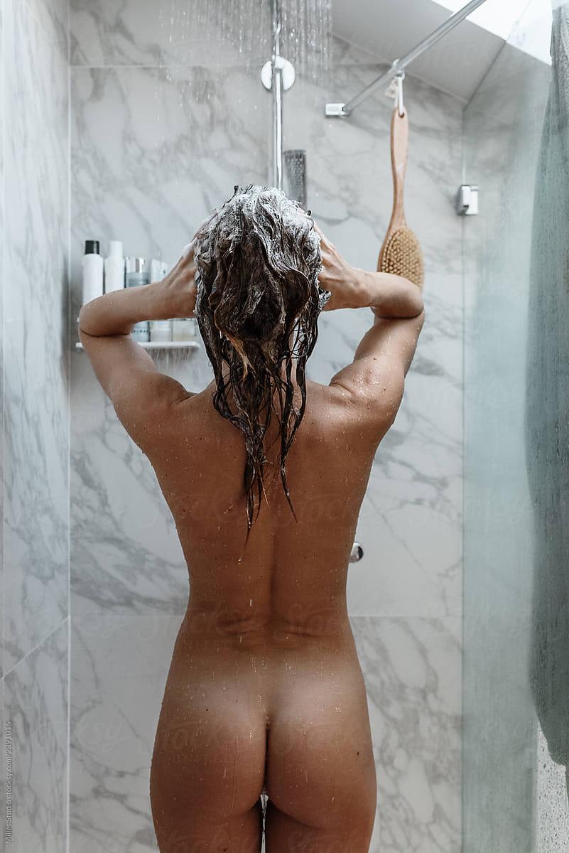 Naked Women In The Shower