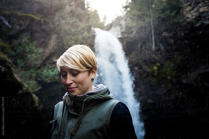 Portrait under the waterfall by Jara Sijka for Stocksy United