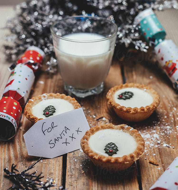 Festive mince pies.  by Darren Muir for Stocksy United