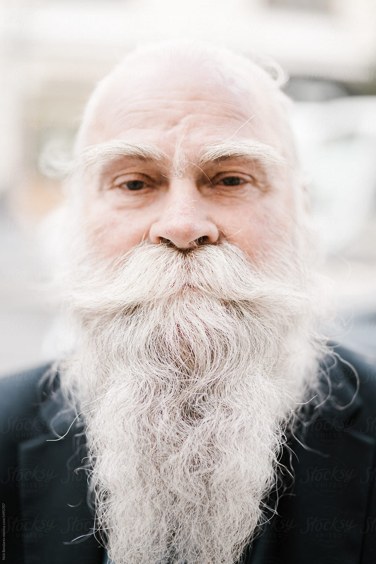 Astonishing Close Up Portrait Of Old Man With White Gray Haired Beard Looking Schematic Wiring Diagrams Phreekkolirunnerswayorg