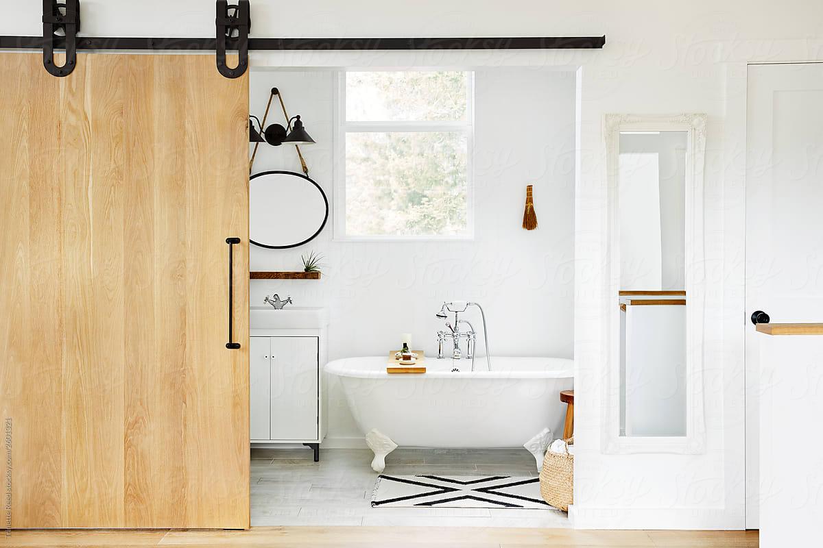 Modern Design Farmhouse Bathroom With Clawfoot Tub By