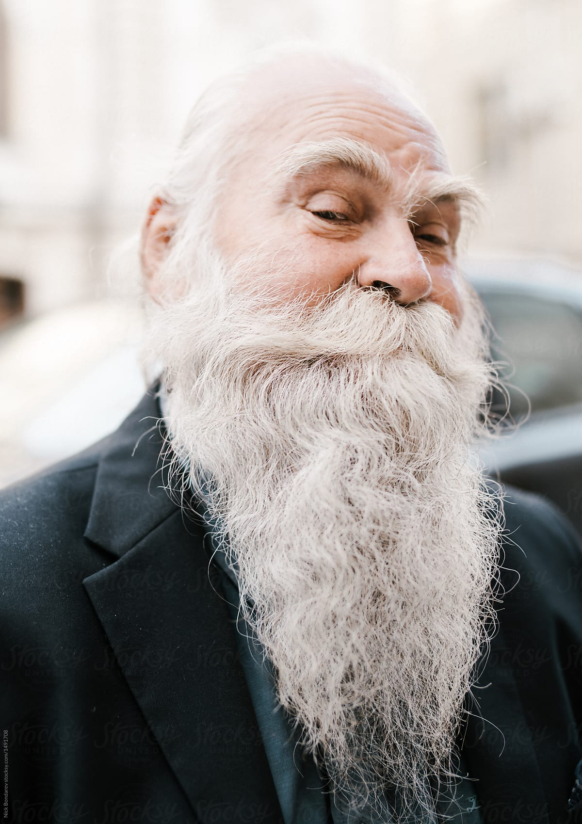 Surprising Close Up Portrait Of Old Man With White Gray Haired Beard Looking Schematic Wiring Diagrams Phreekkolirunnerswayorg